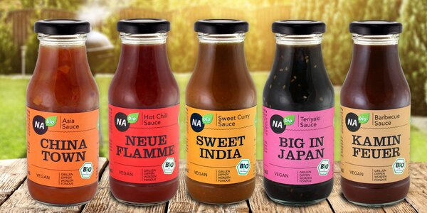 Bio grilovací omáčky: pikantní, exotické i BBQ
