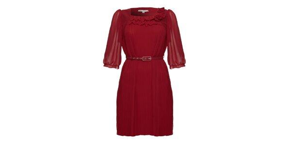 Dámské plisované bordó šaty s páskem Uttam Boutique