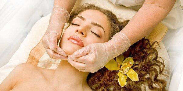 Ruční lymfatická masáž obličeje nebo těla