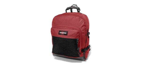 Tmavě červený městský batoh Eastpak s černou síťkou