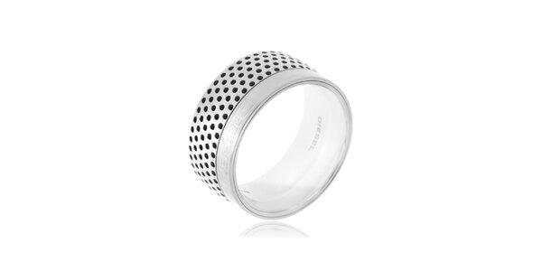 Široký prsten stříbrné barvy Diesel