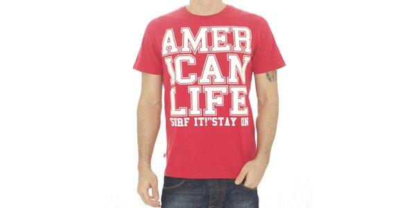 Pánské červené tričko s nápisem American Life