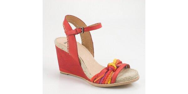 Dámské červené sandály Bronx na vysokém klínku