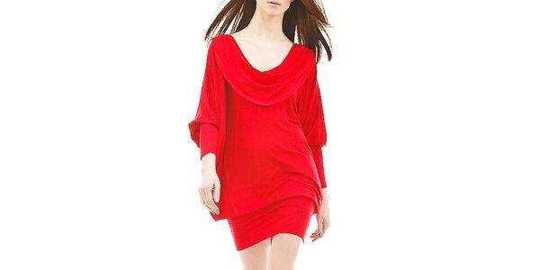 Dámské ohnivě červené šaty s odhalenými zády Yuliya Babich