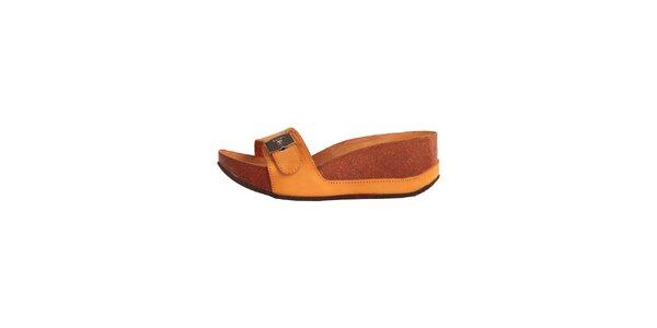 Dámské oranžové pantofle se stříbrnou přezkou Dr. Scholl