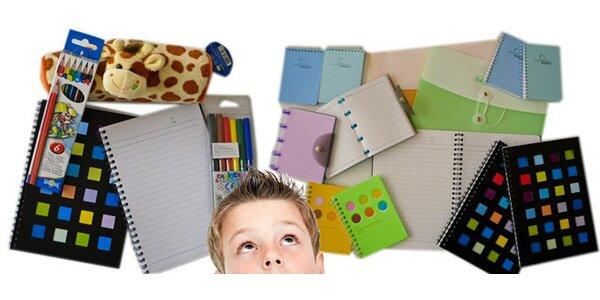 Balíček školních potřeb nebo bloků