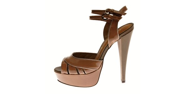 Dámské oříškově hnědé lakované sandály Buffalo