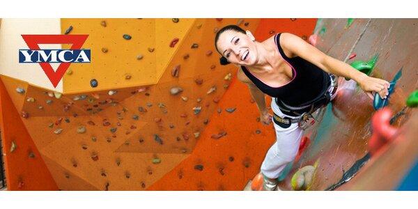 Lezení na boulderu nebo stěně v centru YMCA