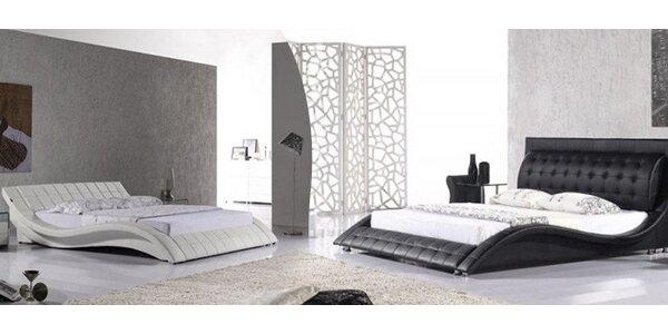 Luxusní manželské postele z masivního dřeva