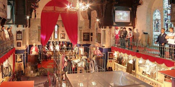 Vstupenky do muzea voskových figurín v kostele