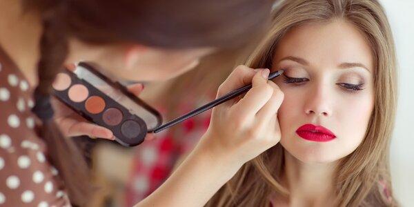 Fotoproměna včetně makeupu, účesu a stylingu