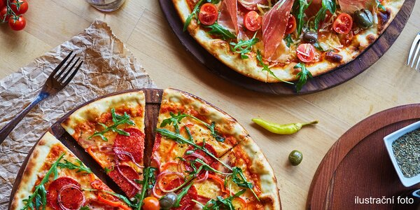 Pochutnejte si: dvě křupavé pizzy podle výběru
