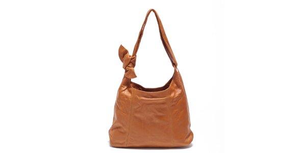Dámská koňaková kožená kabelka s uzlem Carla Ferreri