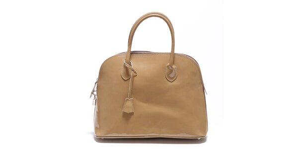 Dámská béžová lakovaná kabelka Carla Ferreri