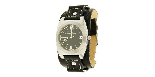 Černé analogové hodinky s koženým řemínkem Tom Tailor