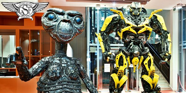 Interaktivní zábava v Galerii ocelových figurín