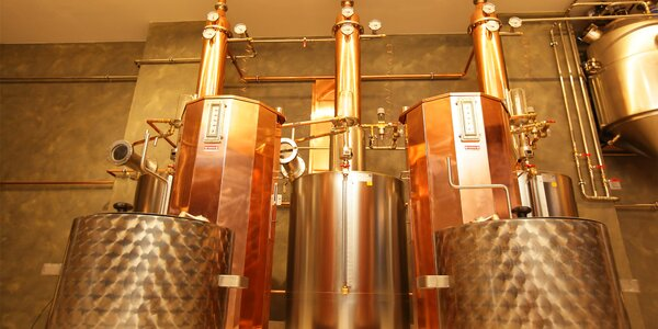 Prohlídka luxusní pálenice ovocných destilátů