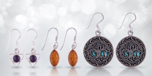 Stříbrné elegantní náušnice s přírodními kameny