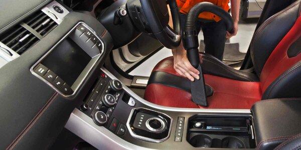 Péče o váš vůz: vysátí, úklid i tepování sedadel