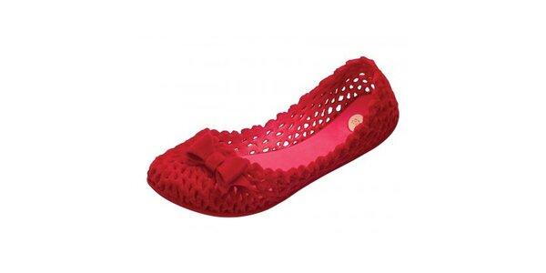 Dámské červené perforované baleríny Mel s matnou semišovou úpravou