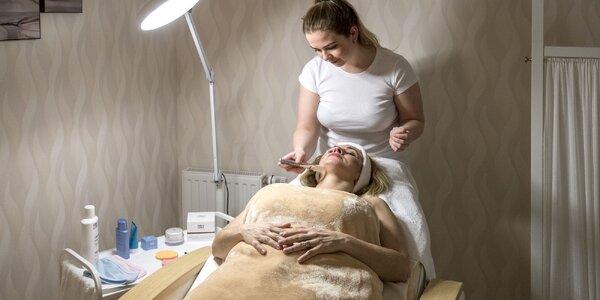 Luxusní kosmetické ošetření, zábal i masáž zad
