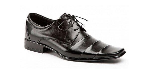 99 Kč na veškeré opravy obuvi a brašnářství v hodnotě 200 Kč