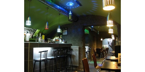 Jen 70 Kč za Mojito a Piňa Coladu v cocktail baru Sonique v hodnotě 140 Kč