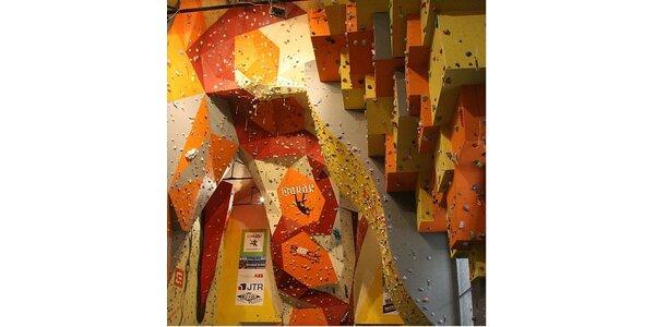 550 Kč za permanentku na 10 vstupů do lezecké arény Makak v hodnotě 850 Kč