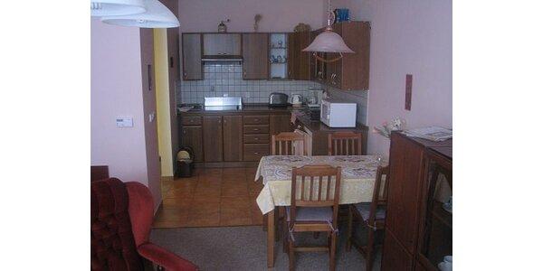 800 Kč za ubytování se snídaní pro dva na dva dny v hodnotě 2200 Kč