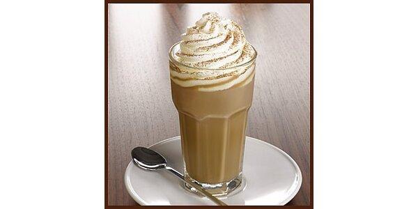 Dvakrát ledová káva v Caffe la Storia