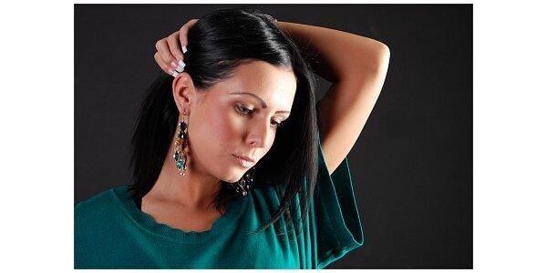 780 Kč za přidělání 10 pramenů vlasů v délce 55cm v hodnotě 1300 Kč.