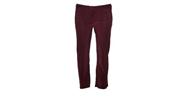 Dámské vínové hedvábné kalhoty Aniye By ve tříčtvrteční délce