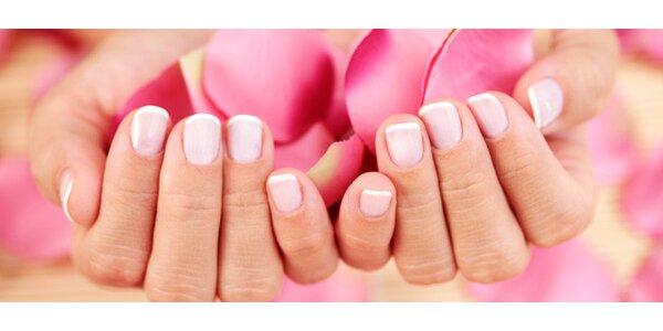 Manikúra P-shine s relaxační masáží rukou