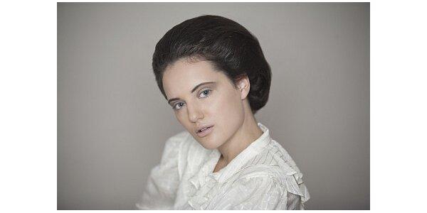 1190 Kč za portrétní foto s exklusivním makeupem v původní hodnotě 5900 Kč
