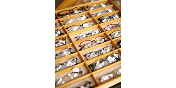150 Kč za kupon na zhotovení dioptrických brýlí v hodnotě 500 Kč