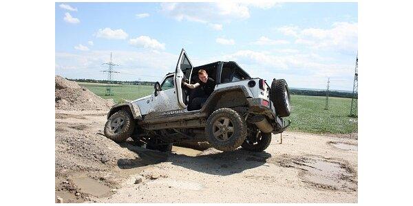 1250 Kč za 30 minut za volantem Jeep Wrangler Rubicon v hodnotě 2200 Kč
