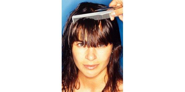 399 Kč za hloubkovou regeneraci vlasů a kompletní střih v hodnotě 540 Kč