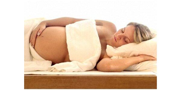 250 Kč za speciální masáž pro těhotné pro jednu osobu v ceně 650 Kč