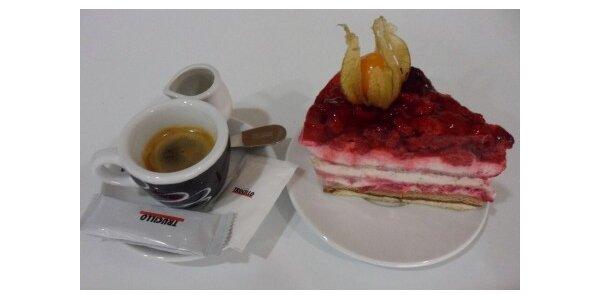 40 Kč za výborný malinový dort + káva v původní hodnotě 70 Kč