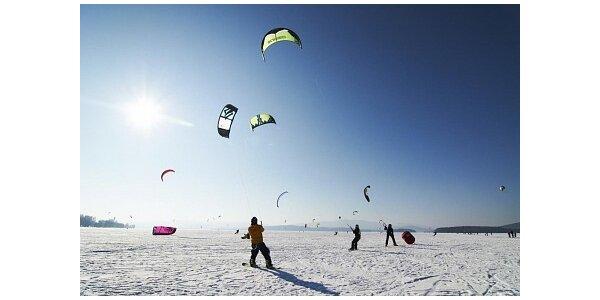 490 Kč za kurz snowkitingu - více než 2 hodiny adrenalinu v hodnotě 990 Kč