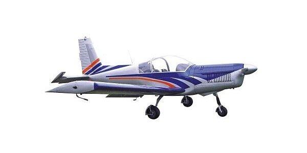744 Kč za 35 minut na leteckém trenažeru akrobatického letadla ZLÍN Z242L