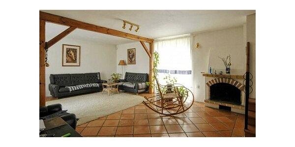 450 Kč za krátkodobé ubytovaní v penzionu KAREL v hodnotě 750 Kč