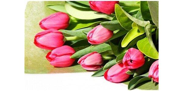 180 Kč za kytici 5 růží nebo 9 tulipánů s rozvozem zdarma