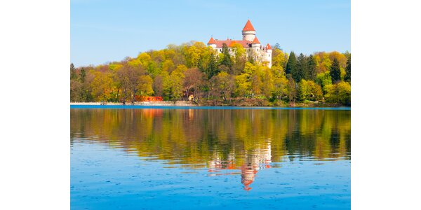 Léto u Konopiště: apartmány s vířivkou a výlety