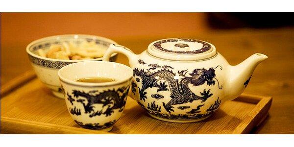Cokoli v Čajové chýši v Plzni. Sypané čaje i vodní dýmka.