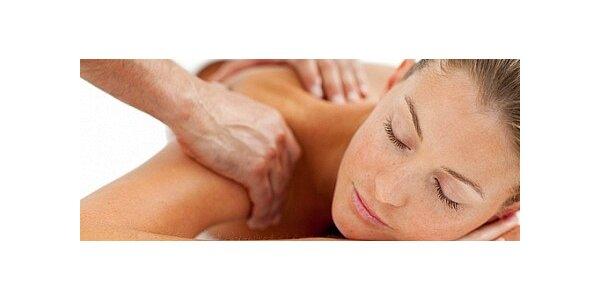Regenerační aroma masáž zad včetně baňkování
