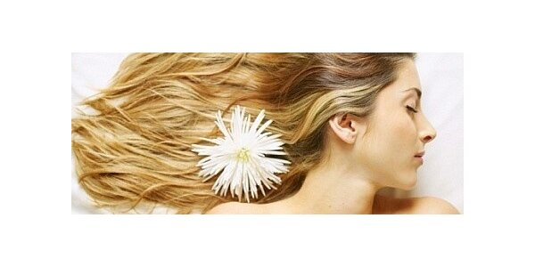 Indická masáž, mytí, regenerační maska a střih vlasů