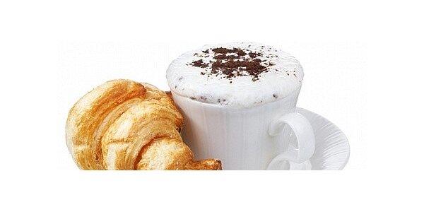 49 Kč za 2x káva a 2x croissant v kavárně CHOCO-CHOCO v hodnotě 144 Kč