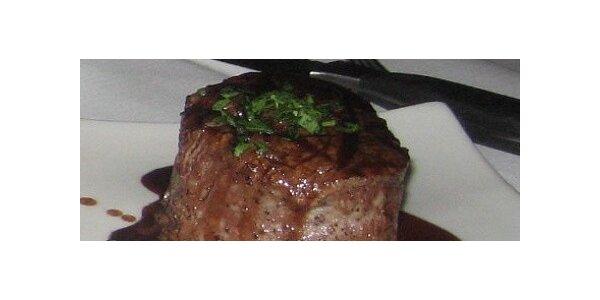 Hovězí steak 250 g s bagetou a 2x točeným Heinekenem v hodnotě 470 Kč