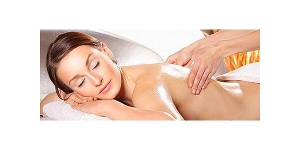 Relaxační masáž vonnými oleji